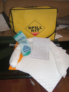 Meltblown PP Emergency Oil Only Spill Kits For Environmental Protection