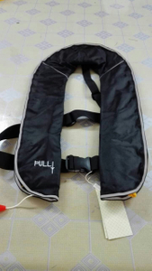 Solas Standard 150n Inflatable Life Vest 275n Waterproof Lifejacket with Good Price